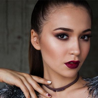 Asian lady wearing lipstick